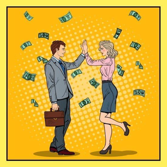 Man und Frau machen einen High Five mit Geld Regen