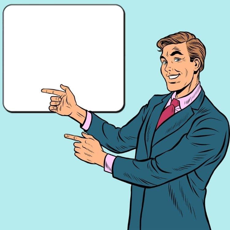 Mann zeigt auf eine Tafel